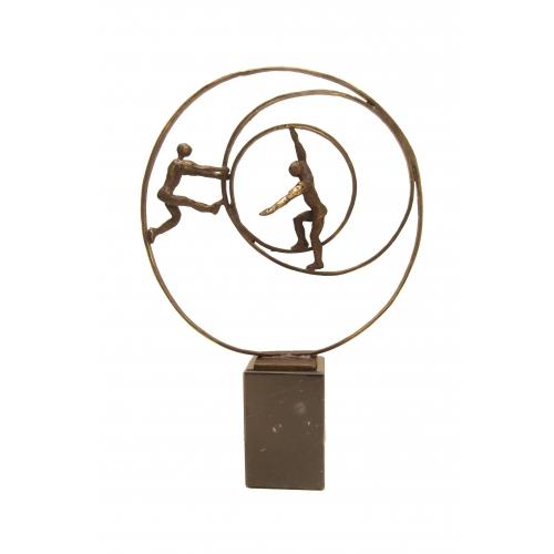 Ger van Tankeren beeld 'Circle of life'