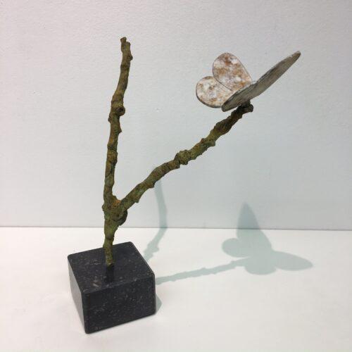 Laurens Spier bronzen beeld 'Vlinder op tak'