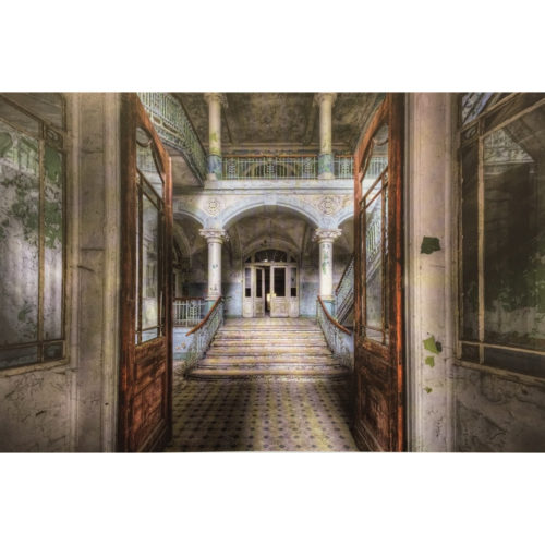 Urbex foto op plexiglas 'Entrance'