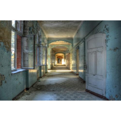 Urbex foto op plexiglas 'Hallway'