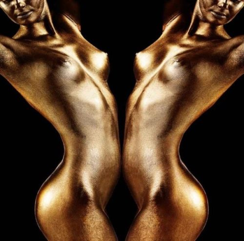 Artconsilio foto 'Ladies of Gold'