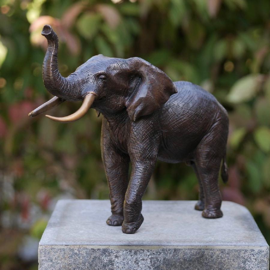 Bronzartes bronzen beeld 'Elephant'