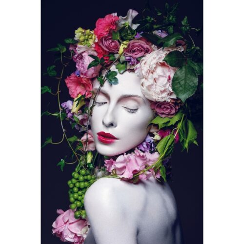 Foto op plexiglas 'Lovely lady with flowers'