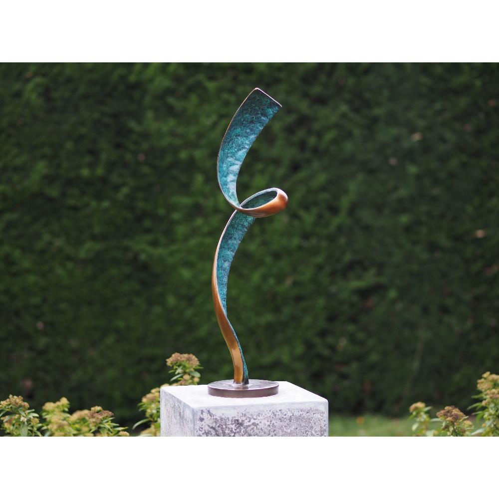 Bronzartes bronzen beeld 'Abstract Twist'