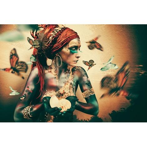 Foto op aluminium 'Butterfly woman'