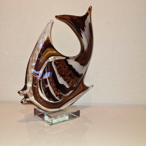 Design glas beeld 'Bruine maanvis'